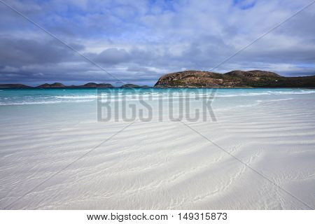 Beautiful beach, white sand and clear water - Lucky Bay, Esperance, Western Australia