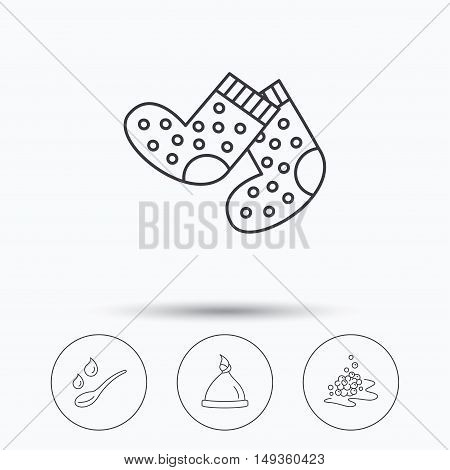 Baby clothes, bath and hat icons. Socks, spoon with drops and bubbles linear signs. Linear icons in circle buttons. Flat web symbols. Vector