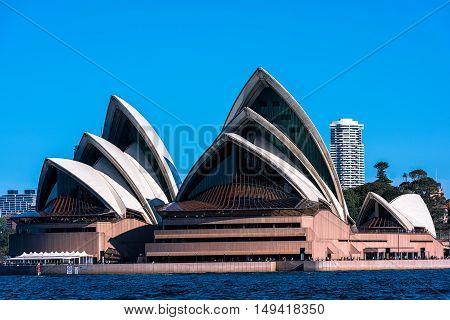 Sydney Opera House NSW Australia.Sep 29,2016 The Sydney Opera House is famous arts center. It was designed by Danish architect  Jorn utzon