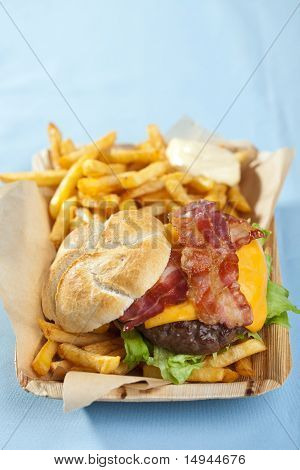 Cheeseburger With Bacon And Fries