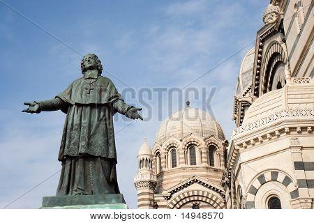 Mgr. Belsunce's statue