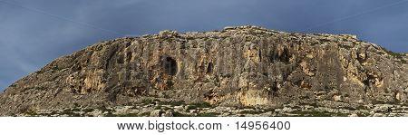 Ghar Lapsi Cliffs