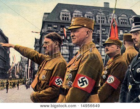 Hitler, Himmer, Roehm en Leipzig