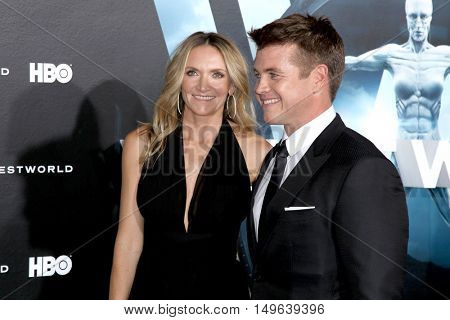 LOS ANGELES - SEP 28:  wife, Luke Hemsworth at the HBO's