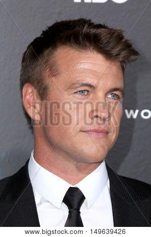 LOS ANGELES - SEP 28:  Luke Hemsworth at the HBO's