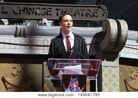 LOS ANGELES - SEP 29:  Jim Parsons at the Jeffrey Katzenberg Hand And Footprint Ceremony at the TCL Chinese Theater IMAX on September 29, 2016 in Los Angeles, CA