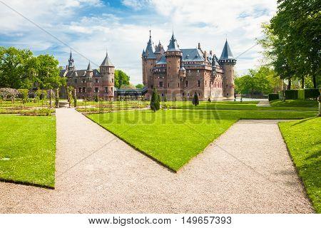 Haarzuilens, Netherlands - May 18, 2012: Castle De Haar With Gardens In The Foreground