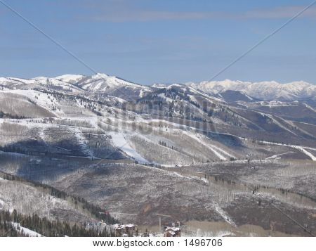 Snowcapped Mountains With Blue Sky In Utah