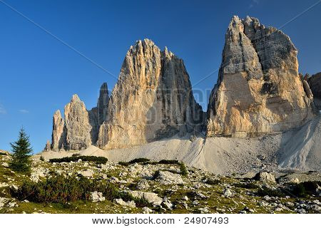 Tre Cime Di Lavaredo, Sexten Dolomites In Italy