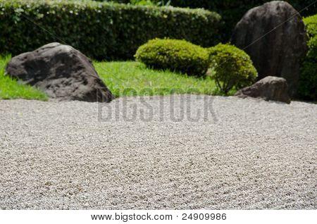 Piedra del jardín del budismo Zen en Japón