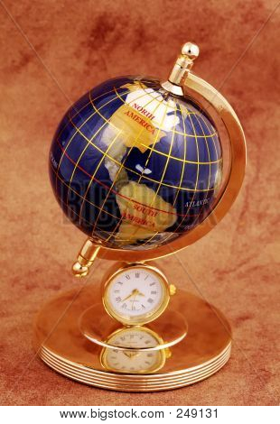 Picture or Photo of Photo of a miniature globe