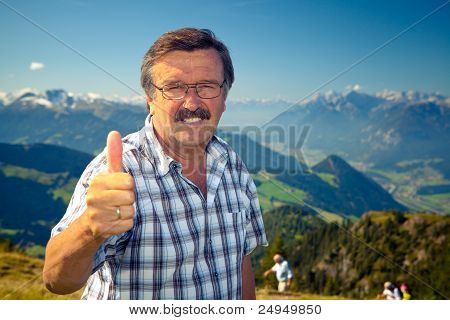 Senor On Top Of The Mountain