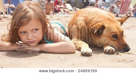 child and her dog