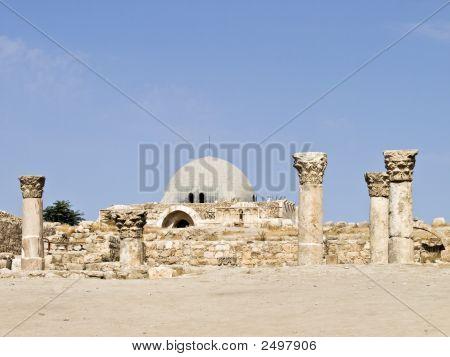 Amman Citadel, Al-Qasr Site
