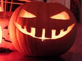 picture of jack-o-laterns-jack-o-latern  - jack o latern
