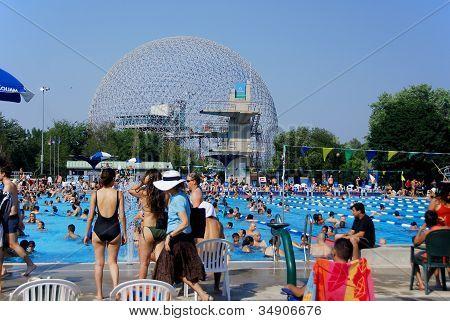 Parc Jean-Drapeau pool
