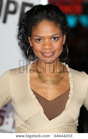 HOLLYWOOD - JAN 11:  Kimberly Elise attends The Book of Eli premiere on January 11 2010 at Grauman's Chinese Theater in Hollywood, California.