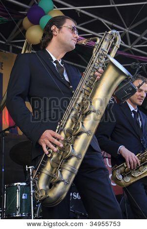 Koen Schouten On Baritone Sax