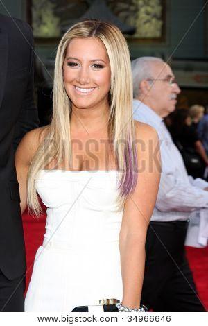 LOS ANGELES - JUL 17:  Ashley Tisdale arrives at the