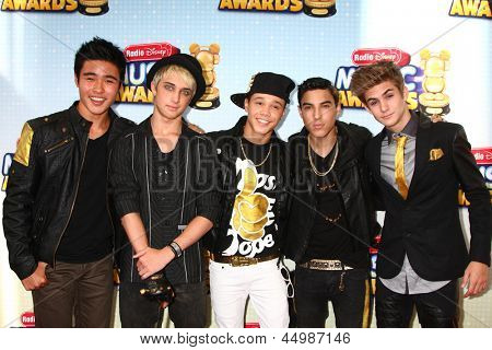 LOS ANGELES - APR 27:  IM5 arrives at the Radio Disney Music Awards 2013 at the Nokia Theater on April 27, 2013 in Los Angeles, CA