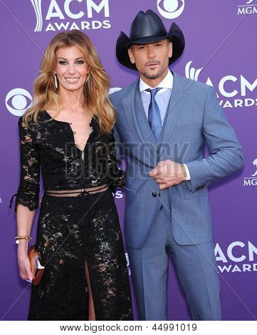 LAS VEGAS - APR 07:  Faith Hill & Tim McGraw arrives to the Academy of Country Music Awards 2013  on April 07, 2013 in Las Vegas, NV.