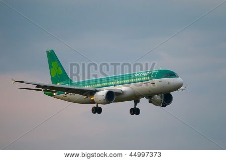 BUDAPEST, HUNGARY - MAY 5: Airliner of AerLingus approaching Budapest Liszt Ferenc Airport, May 5th 2012. AerLingus is Ireland's largest airline.
