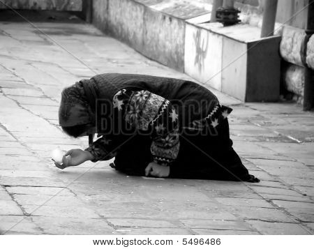 Beggar woman - black and white