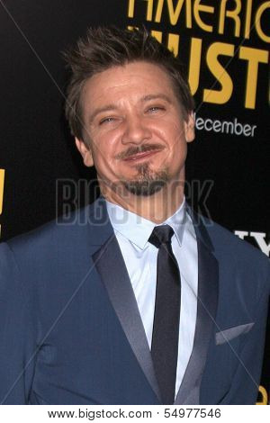 LOS ANGELES - DEC 3:  Jeremy Renner at the