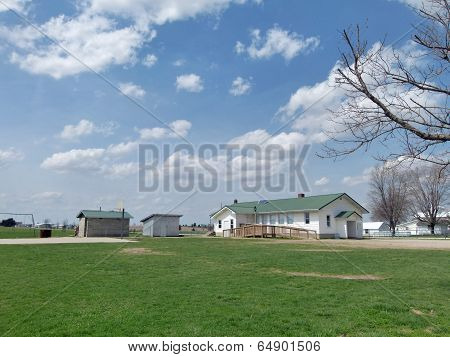 Little Amish School House