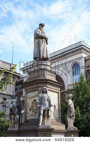 Leonardo Da Vinci Monument,  Milan