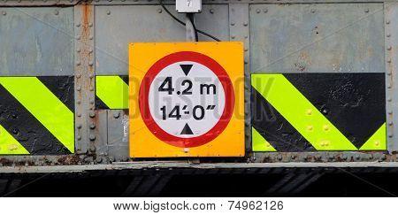 Bridge height signs