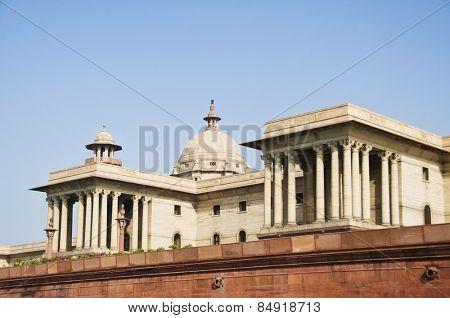 Low angle view of a government building, Rashtrapati Bhavan, New Delhi, India