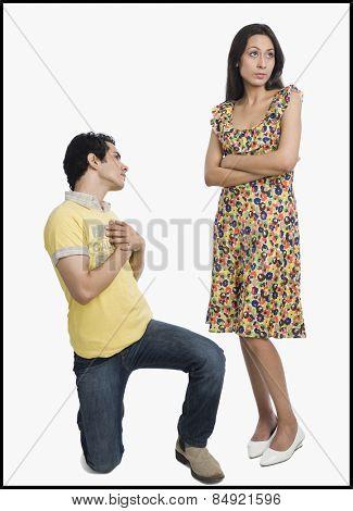 Man proposing to a woman