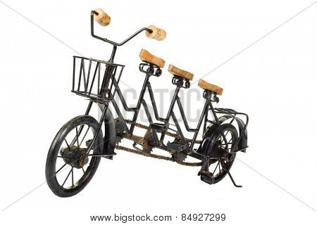 Three seater tandem bicycle