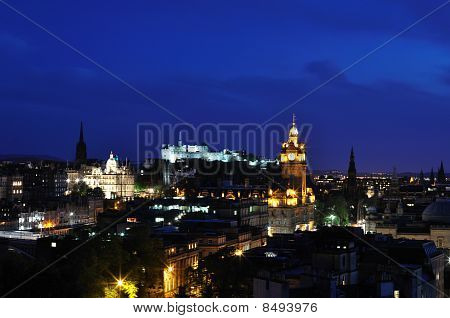 View On Edinburgh Castle In Night