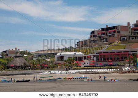 De Cameron resort in Mompiche, Esmeraldas, Ecuador