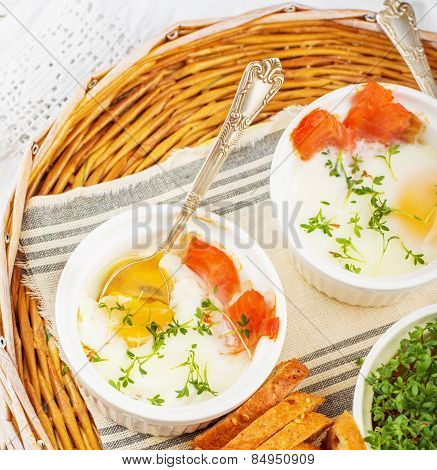 baked eggs with salmon in a batch molds