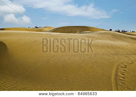 Sand dunes near Jaisalmer, Rajasthan, India