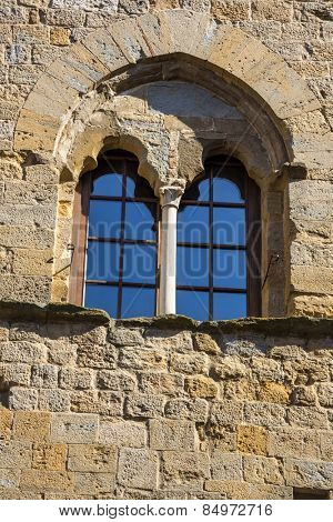 Low angle view of window of a palace, Palazzo Dei Priori, Volterra, Province of Pisa, Tuscany, Italy