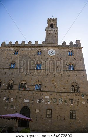 Facade of a palace, Palazzo Dei Priori, Volterra, Province of Pisa, Tuscany, Italy