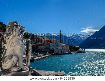 Lion statue in Perast