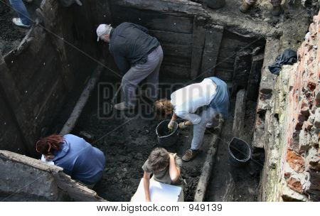 Archeologists At Work 2
