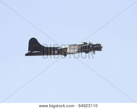 Weston Super Mare, Uk - June 21: Boeing B-17G Flying Fortress