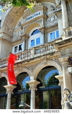 Avignon, Opera Grand Avignon
