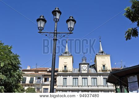 Segovia Town Hall And Lamppost