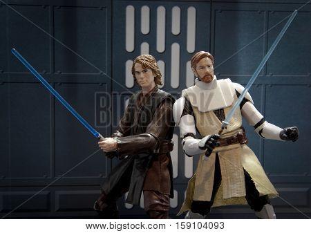 Star Wars Hasbro Black Series 6 inch action figures - Jedi Anakin Skywalker and Obi Wan Kenobi recreate a scene from the Clone Wars