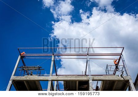 Construction workers was working on high risk