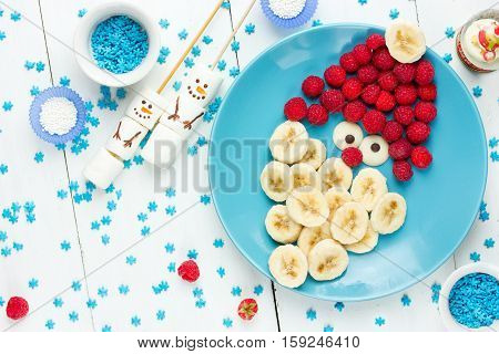 Christmas Santa Claus for breakfast or dessert for kids creative idea for holiday meal Christmas food art