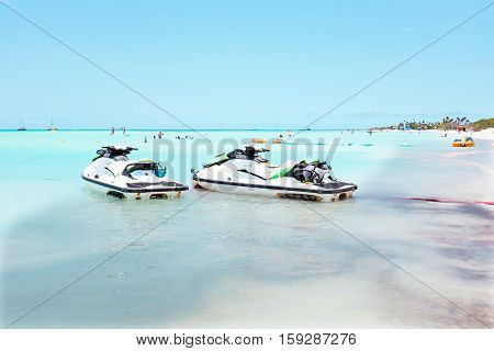 Eagle beach on Aruba island in the Caribbean sea
