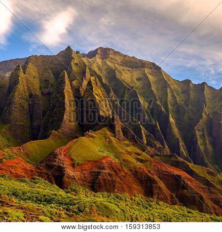 Detail Landscape View Of Na Pali Rugged Weathered Cliffs, Kauai, Hawaii